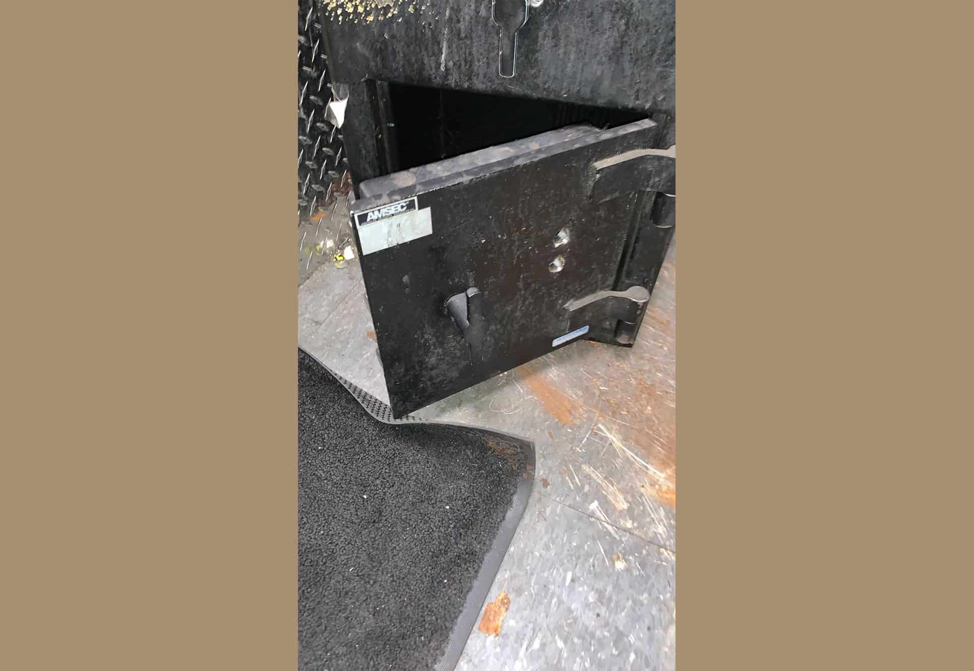 Safes Installation & Opening Service
